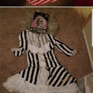 Womens beetlejuice sexy costume Med